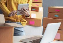 Posel s spletno trgovino